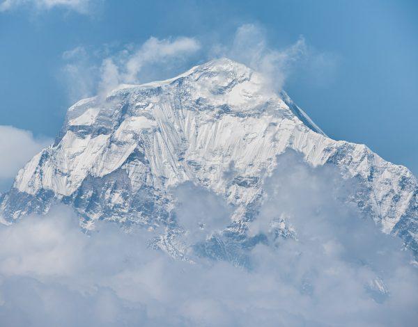 Życie w górach Nepalu – trekking przez Himalaje